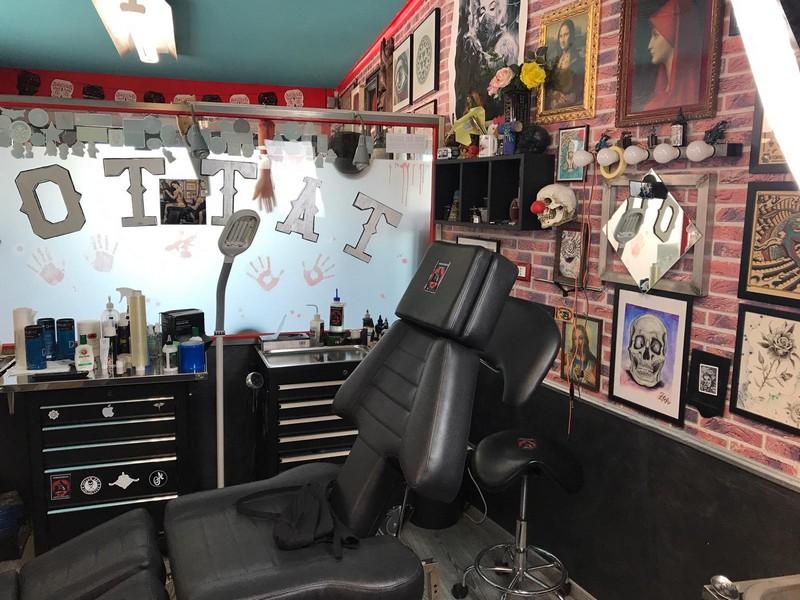 Prenota il tuo tatuaggio presso lo Studio di tatuaggi Inkonshow a Rimini